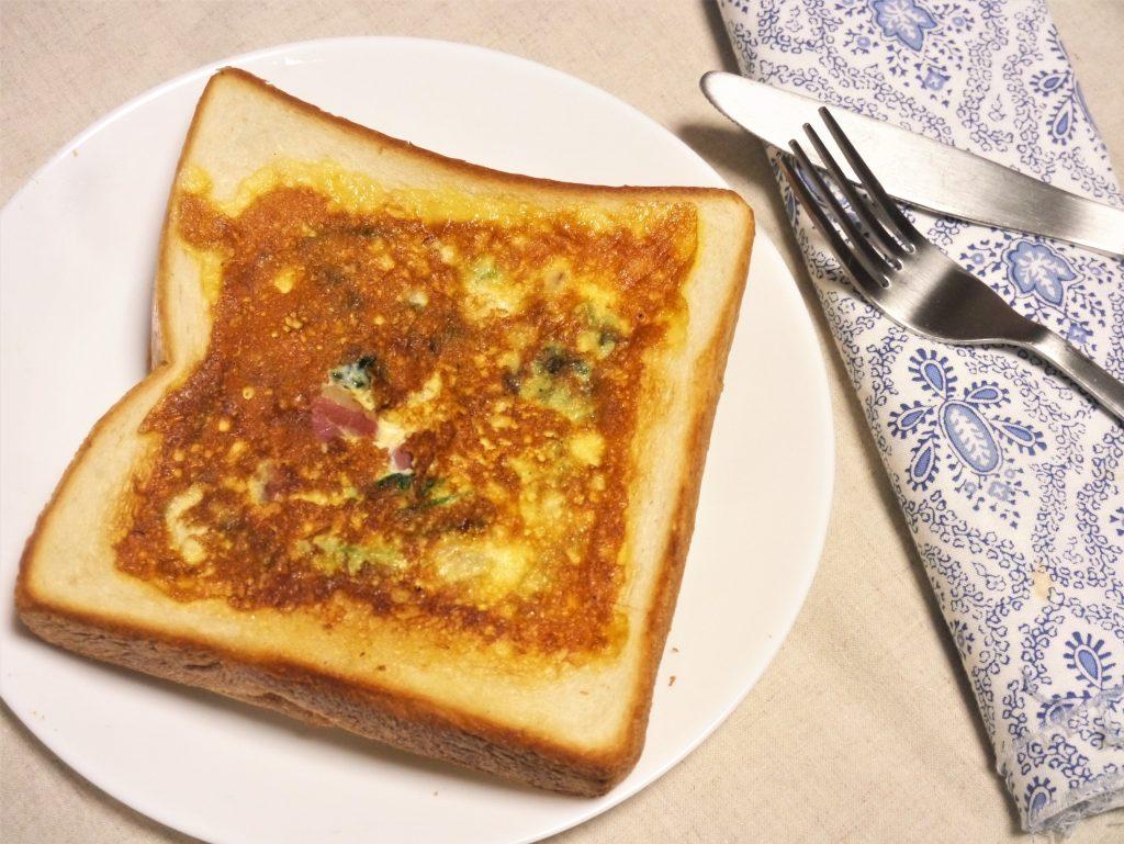 6枚切り食パンで簡単!10分でできる「キッシュ風トースト」
