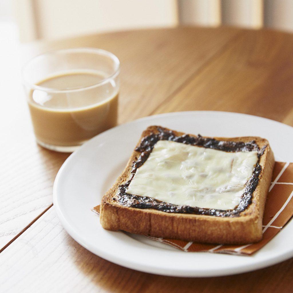 食パン×海苔の佃煮で!簡単おいしい「海苔チーズトースト」