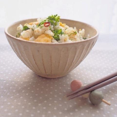 菜の花の炒り卵のぺペロンチーノ風混ぜごはん by:まめこさん