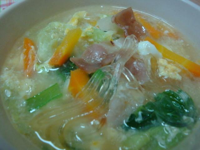 *白菜とベーコンの春雨スープ* by:happyspiceさん