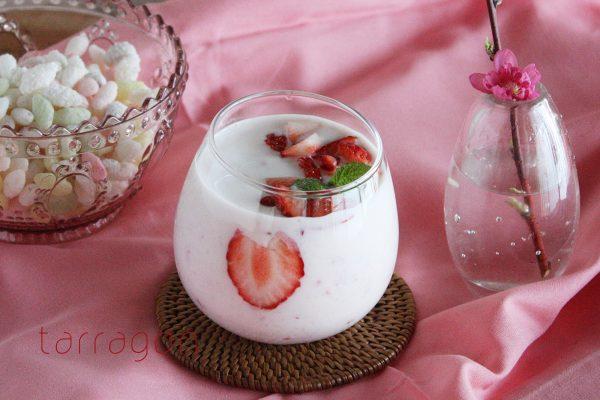 ひなまつりに♪混ぜるだけで簡単!「いちごの甘酒ヨーグルト」 by:タラゴン(奥津純子)さん