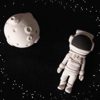 英語の「outer space」の意味は?
