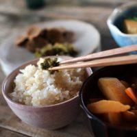 洋食器と何が違うの?揃えたくなる「和食器」の特徴と魅力