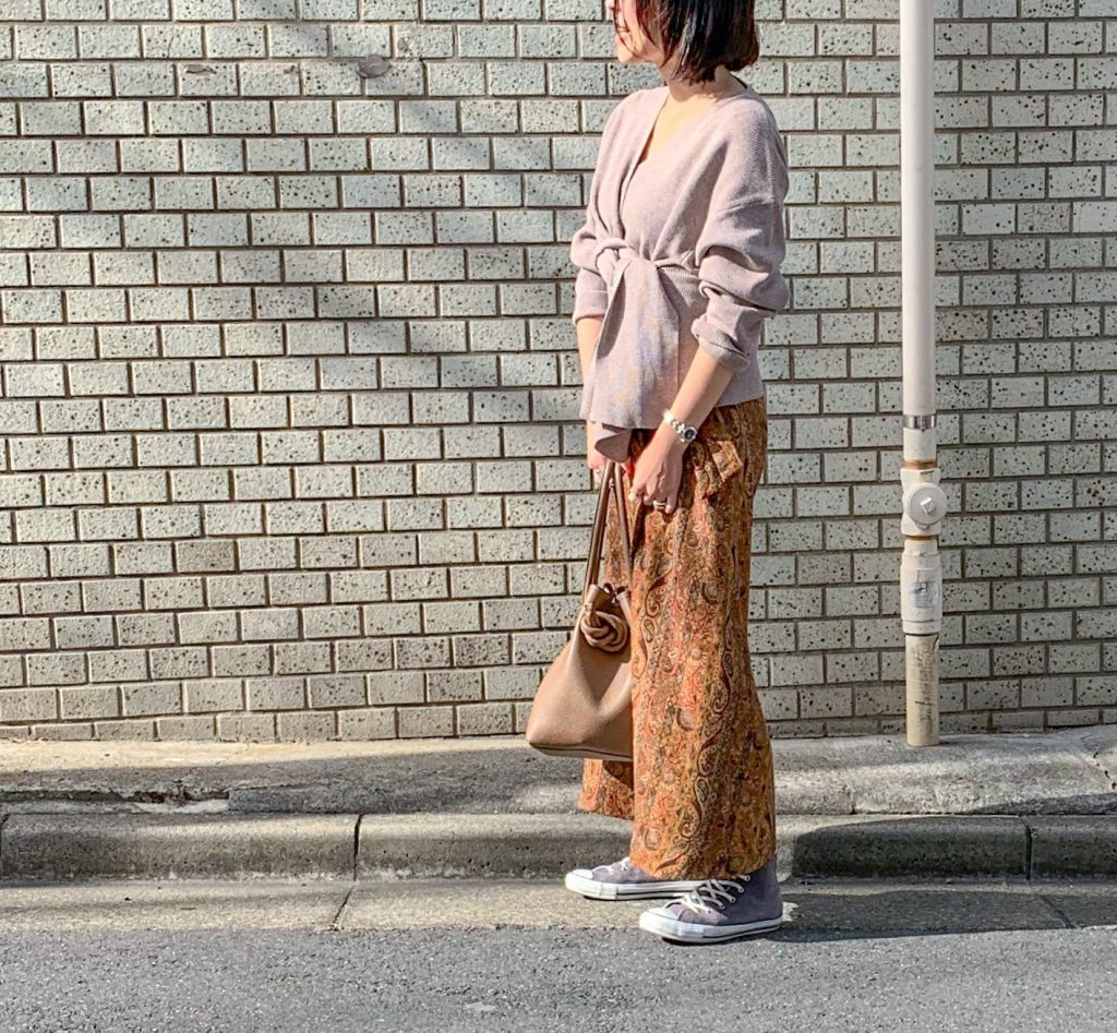 """""""冬服なのに春っぽい""""が叶う!使える「ニュアンスカラー」コーデ術"""