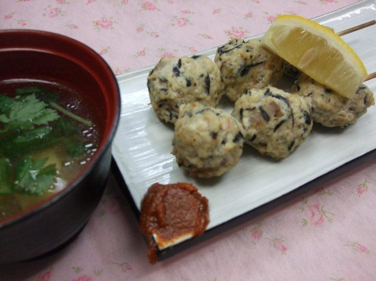 子供も食べれちゃう!ひじきの煮物で簡単つくねとだし汁スープ☆ by:メグmamaさん