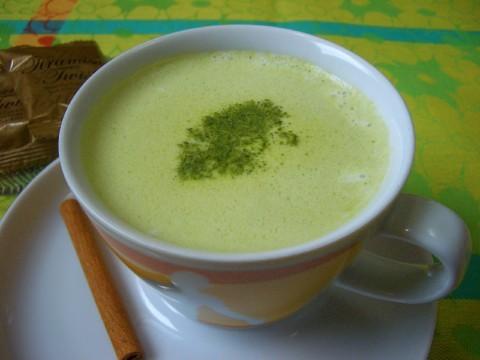 緑茶ラテ by:マムチさん