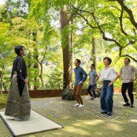 【京都・奥嵐山】日々の疲れを大声で笑い飛ばそう!「新緑の青空狂言」@星のや京都