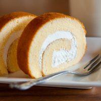 しっとり生地&濃厚なクリームに感動…!「治一郎」のロールケーキ