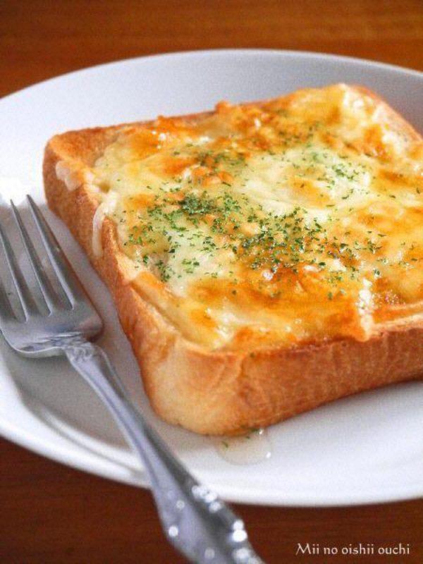 はちみつチーズトースト♪ by:みぃさん