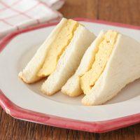 簡単・時短!電子レンジ5分で作る「厚焼き玉子サンド」