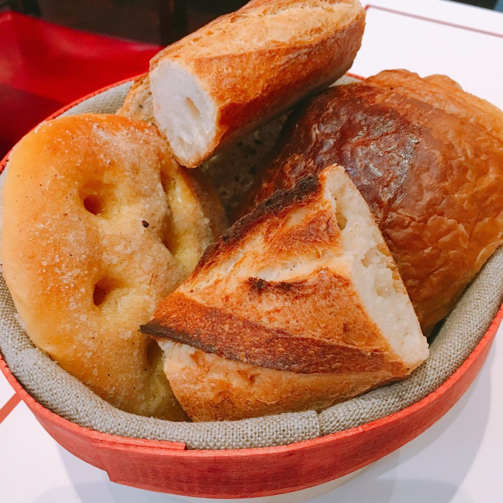 【渋谷】最高のバゲットを朝からたらふく食べたいなら!「VIRON(ヴィロン)」