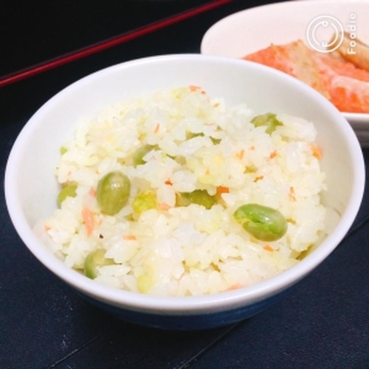 【簡単】えんどう豆と鮭の洋風混ぜご飯 by:藤本 あゆみ 美容料理研究家さん