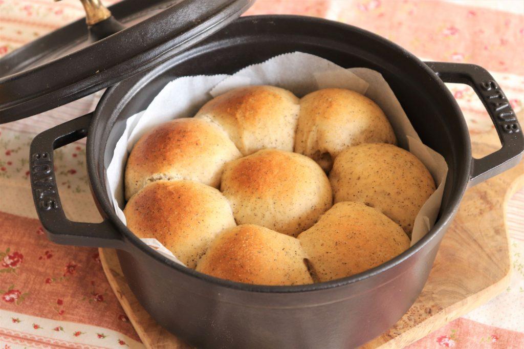 こねないから簡単!濃厚なおいしさ「ダブルミルクティーちぎりパン」