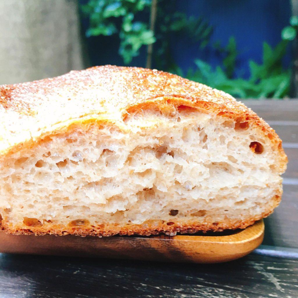 【日暮里】朝から癒される♪世界を旅した店主が作るパン「VANER(ヴァーネル)」