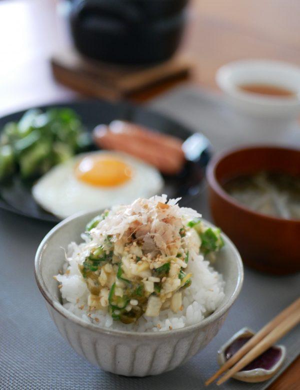 暑い朝でもサラッと食べられる!簡単「ねばねばのっけご飯」 by:料理家 村山瑛子さん