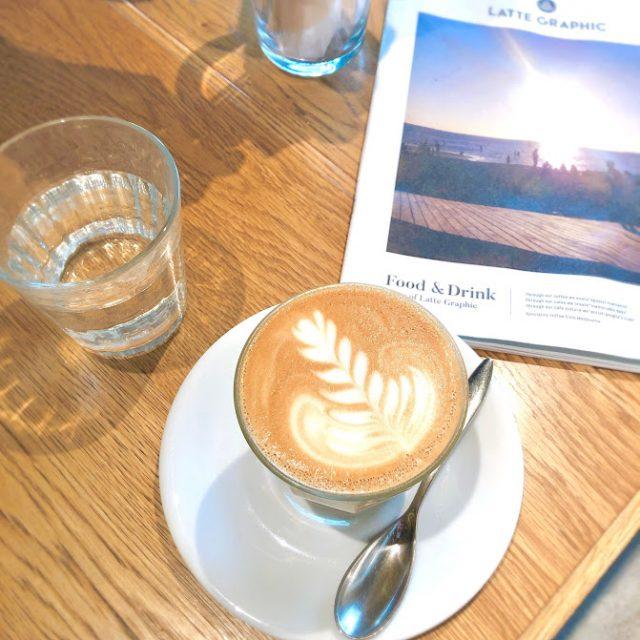 モーニングのカフェラテ