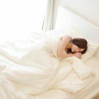 暑くて熟睡できない…を解消!気持ちよく眠るためのコツ