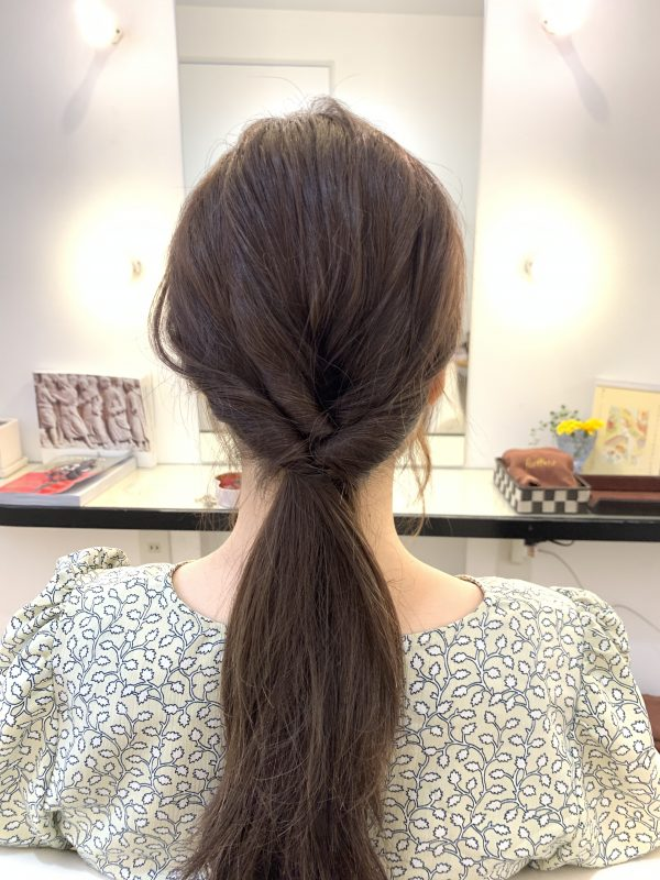 髪が多くてもうまくいく!ゆるいお団子のまとめ髪アレンジ術♪