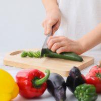 調理中も気をつけたい!家庭でできる「食中毒」対策のキホン3つ