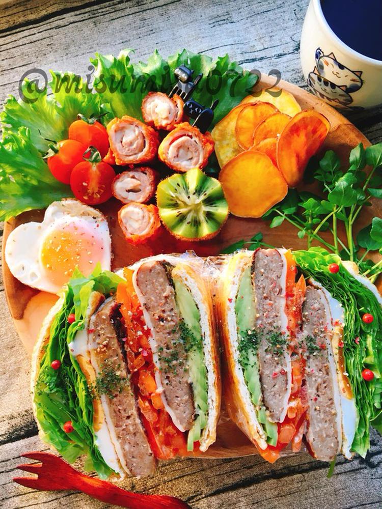Wチーズハンバーグと目玉焼きの油揚げわんぱくサンド by:Misuzuさん