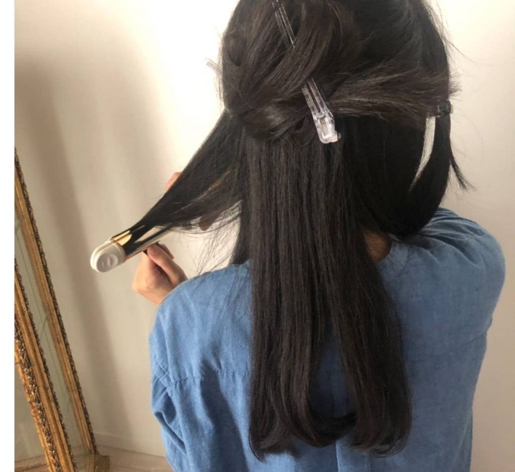 ブロッキングのキホンを徹底解説!速くてきれいな「セルフ巻き髪」の方法