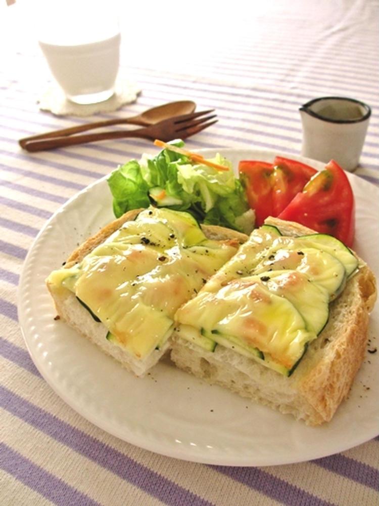 ズッキーニと桜えびのチーズトースト… by:みっこ*mikkoさん