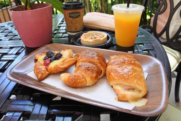 Royal Hawaiian Bakery (ロイヤルハワイアンベーカリー)