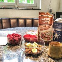 スイスの朝の食卓