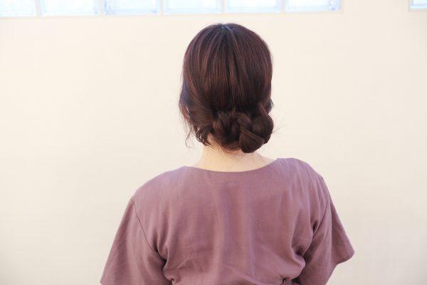 女っぽさUP♪低め位置でゆるふわ「優しげヘアアレンジ」