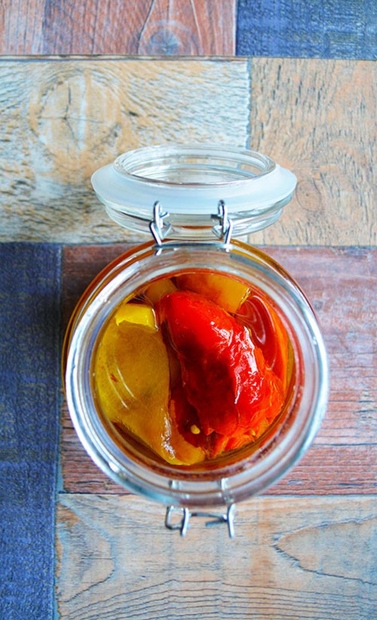 パプリカのエスカリバーダのオイル漬け スペインバル 常備菜 作り置き by:青山 金魚さん
