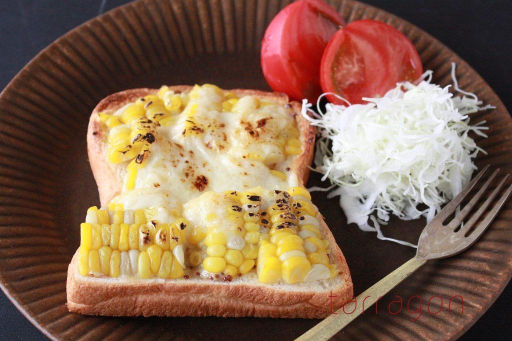 甘くてジューシー♪味噌味が決め手の「簡単コーンマヨトースト」 by:タラゴン(奥津純子)さん