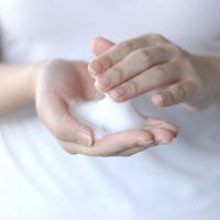 朝の洗顔料は不要 or 必要?「自分の肌に合う洗顔」の選び方