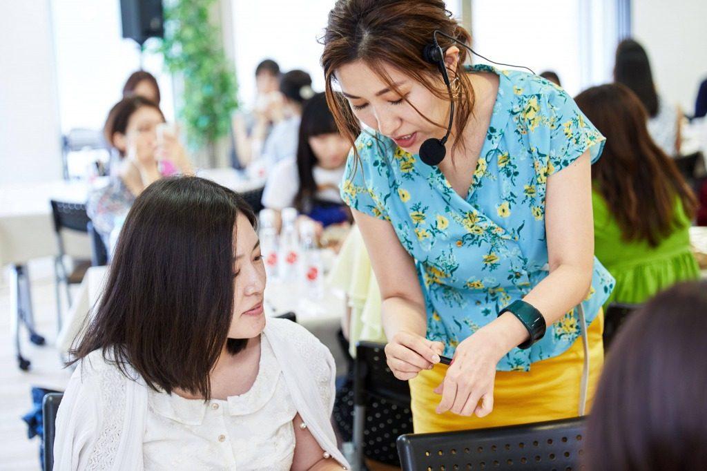 長井かおりさんに学ぶ!時短なのに崩れない朝美人メイク術