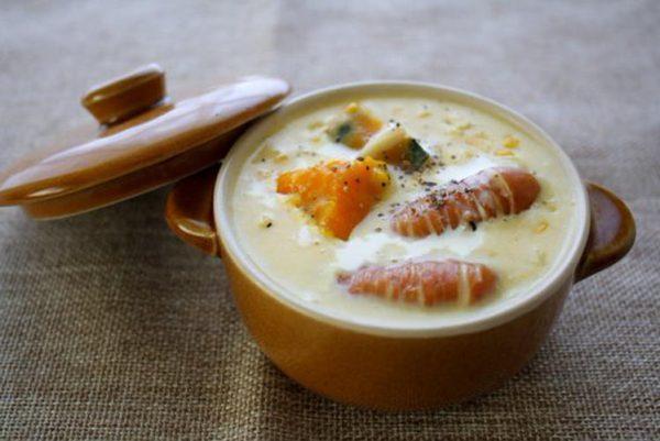 (とうもろこしとかぼちゃのとウインナーのクリームスープ by:mokaさん)