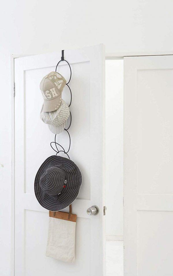 かさばる帽子の収納に!吊るすから取りやすい「ジョイントハンガー」
