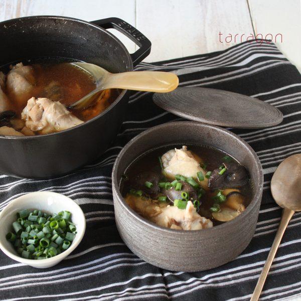 つるつるお肌に♪コラーゲンたっぷり「手羽ときのこの味噌スープ」 by:タラゴン(奥津純子)さん
