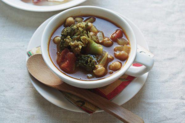 10分でアツアツ朝ごはん♪レンジで簡単「ブロッコリーと豆のカレースープ」 by:ヤミー(清水美紀)さん