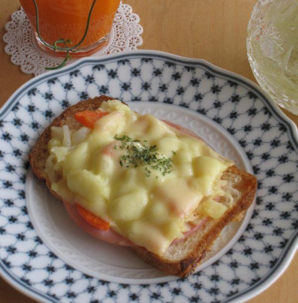 朝食に♪簡単ポテサラ☆トースト by :pastis009さん