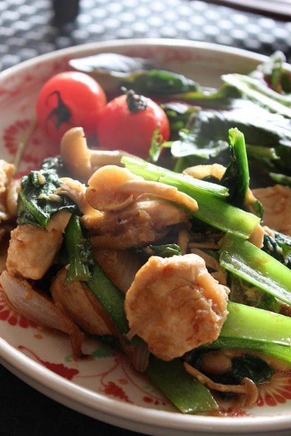 <しっとり柔らか鶏ムネ肉と小松菜のいためもの> by :はーい♪にゃん太のママさん