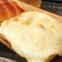 【都立大】5種のチーズ入り!とろ~りチーズパンが大人気のパン店「満寿屋商店」