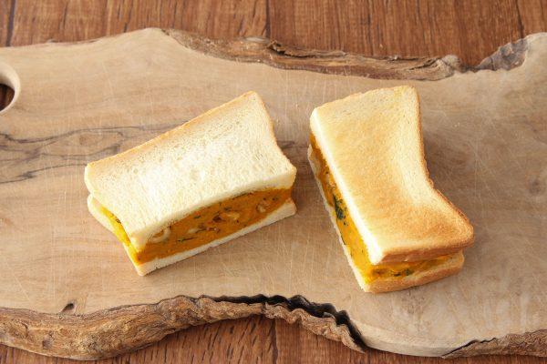 作り置きOK!万能「濃厚かぼちゃクリーム」の朝食サンドイッチ