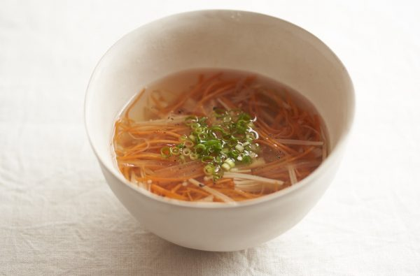 免疫力UP!風邪に負けない体をつくる「せん切りにんじんのスープ」