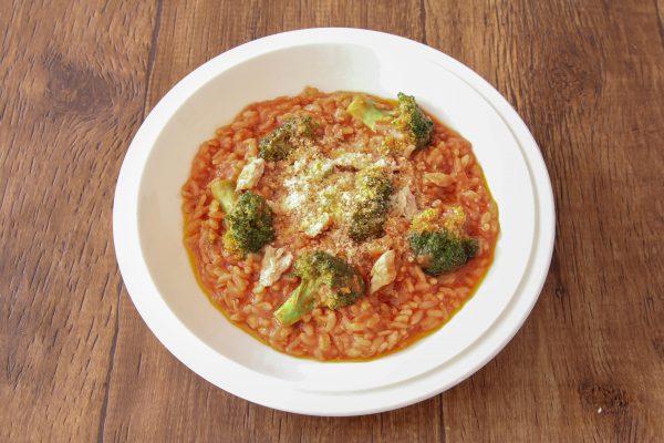 冷やご飯+レンジでパパッと完成!簡単「トマトリゾット」