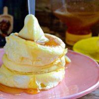 毎朝のおうちカフェが癒し♪最愛「パンケーキ」を楽しむ私の朝時間