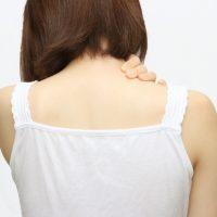 伸ばしてすっきり!「首・肩こり」に効くストレッチ&マッサージ法