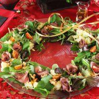 クリスマスの朝にぴったり☆たった10分で簡単「ローストビーフのリースサラダ」