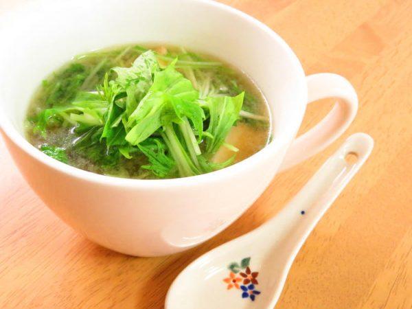 簡単☆水菜と厚揚げのお味噌汁 by :kaana57さん