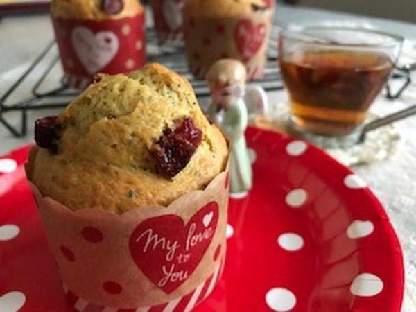 HMで紅茶とクランベリーマフィン  by :ひろさん