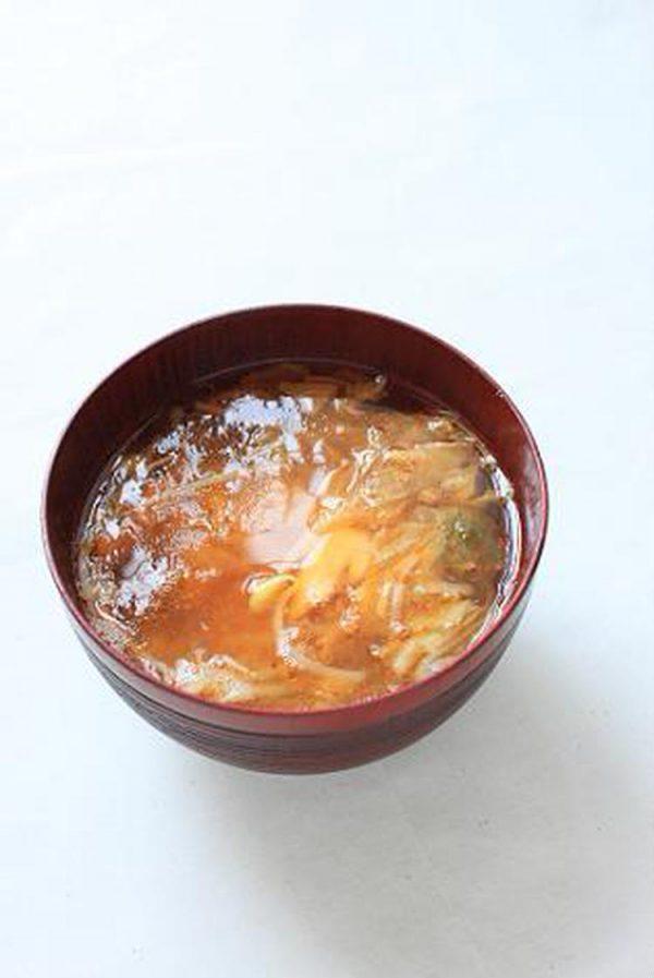もやしとキムチとツナのお味噌汁。 by:あいらさん