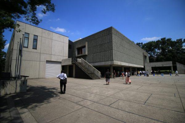 平日の美術館